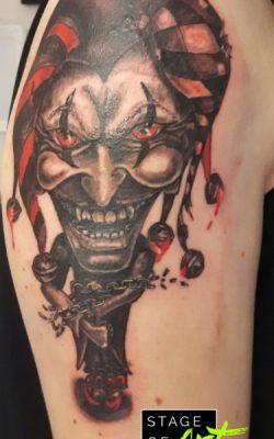 Tattoo im Comicstil von Julia